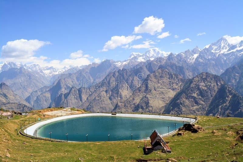 Auli Artificial Lake in Uttarakhand, India fotografia stock libera da diritti