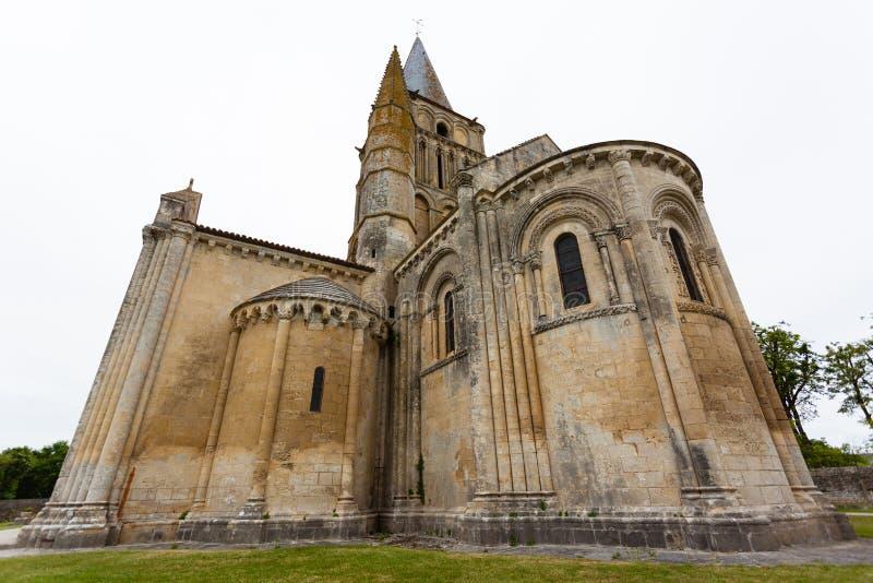 Aulnay de Saintonge教会chevet 库存图片