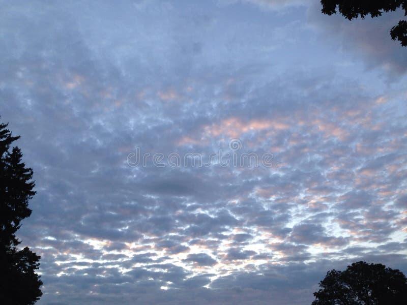 Aumentação das nuvens do algodão doce foto de stock
