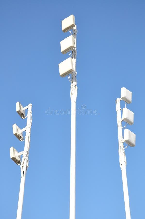 Aumentadores de presión de la señal del teléfono móvil. fotos de archivo