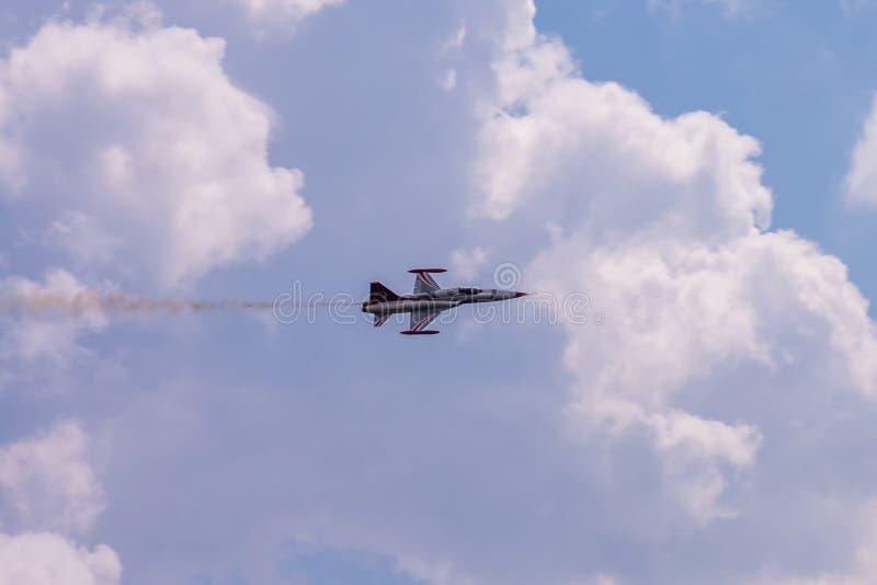 Aurel Vlaicu lotnisko międzynarodowe w powietrzu - Samotnie fotografia royalty free