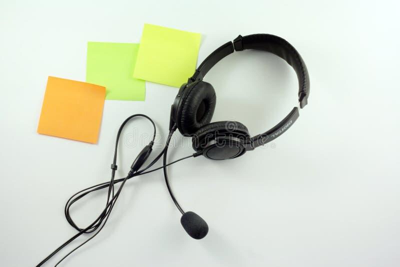 Auriculares con el micrófono imagen de archivo libre de regalías