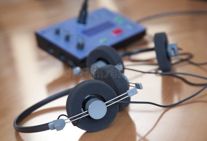 Auriculares de la conferencia audio imágenes de archivo libres de regalías