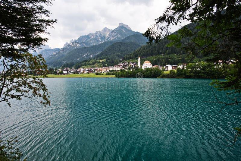 Auronzo,意大利湖  免版税库存图片