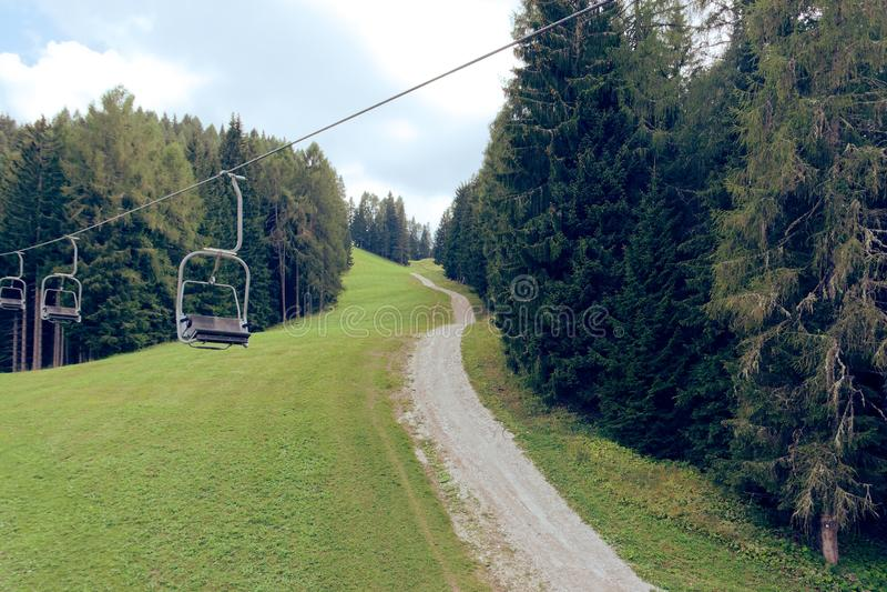 Auronzo di Cadore, Италия: Подъем горы летом стоковые фотографии rf