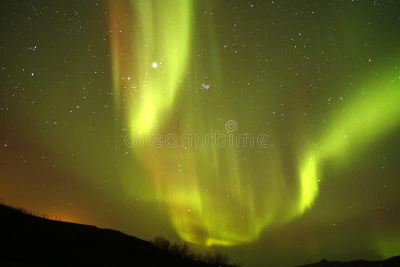 Aurora boreal espectacular fotografía de archivo libre de regalías