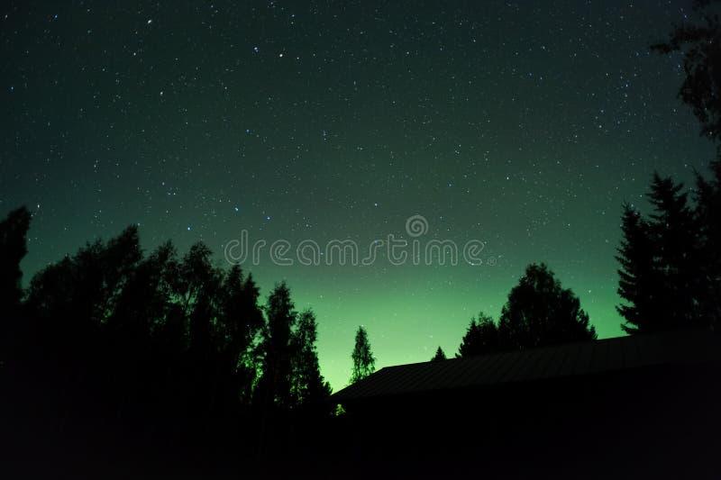 Aurora borealis en sterren royalty-vrije stock afbeeldingen