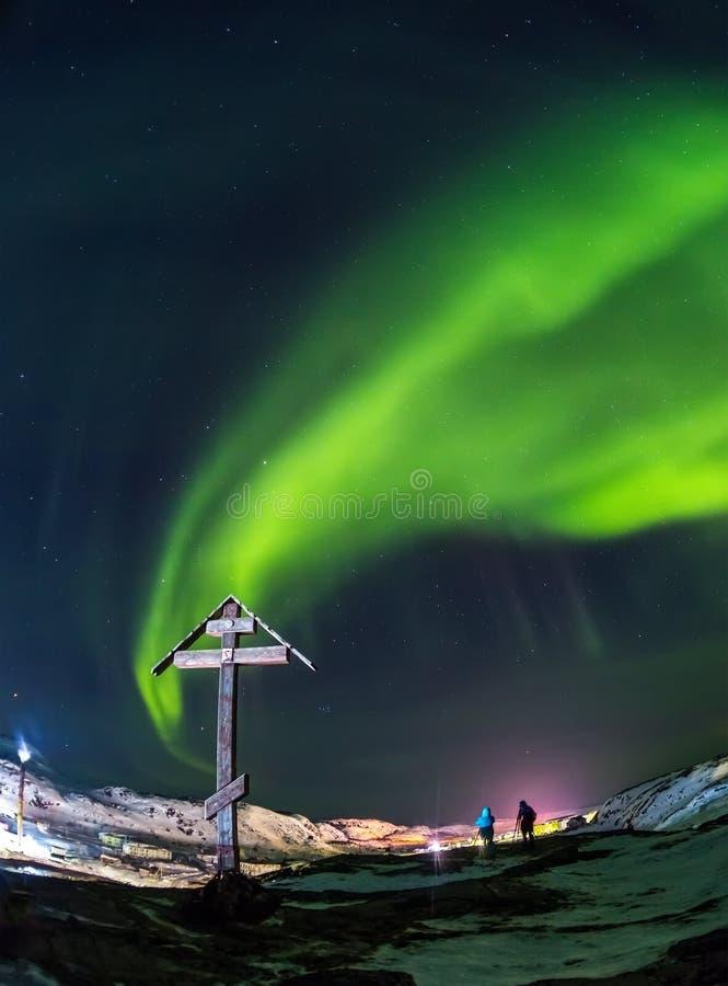 Aurora borealis Groen op Teriberka in het gebied van Moermansk royalty-vrije stock afbeelding