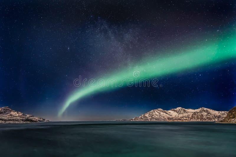 Aurora Borealis - Noord-Noorwegen royalty-vrije stock afbeeldingen