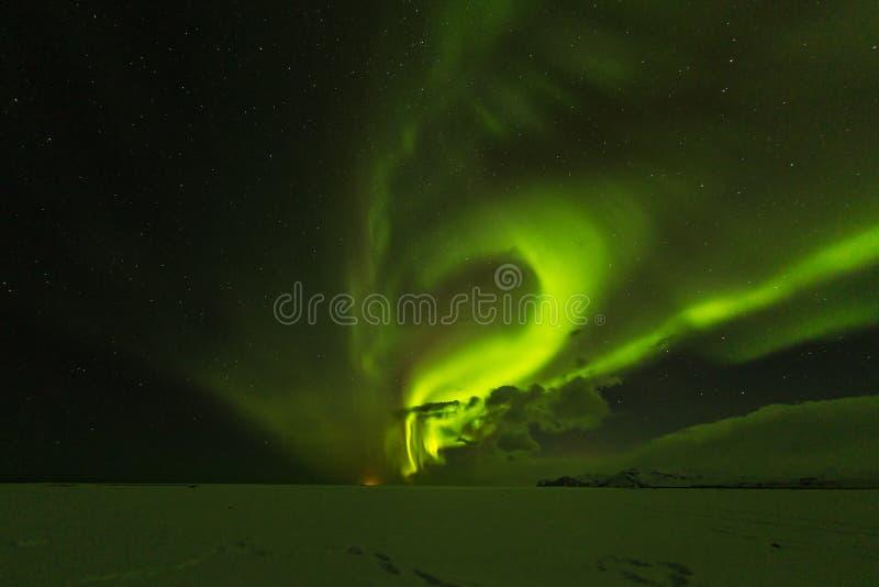 Aurora borealis, Nordlichter in Island während des Winters stockfotos
