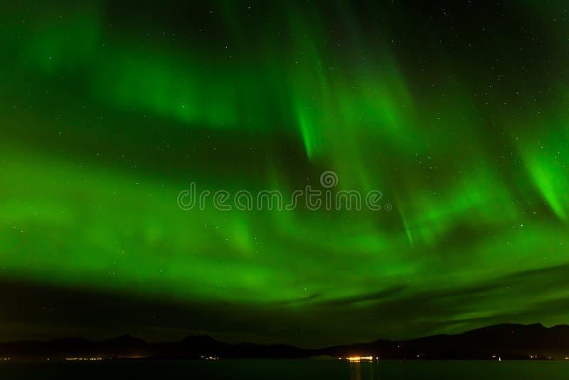 Aurora borealis o aurora boreal en Tromso, Noruega foto de archivo