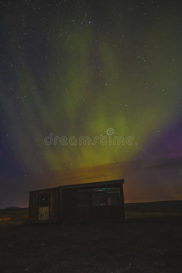 Aurora Borealis over zuidelijk IJsland royalty-vrije stock afbeelding
