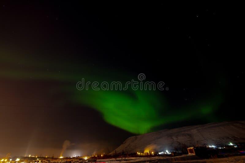 Aurora Borealis y constelaciones, Norilsk imagenes de archivo