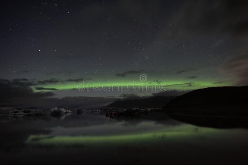 Aurora di riflessione di Jokulsarlon fotografia stock libera da diritti
