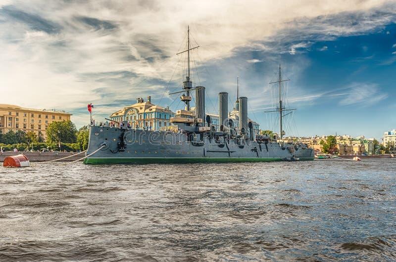Aurora do cruzador do russo, atualmente um navio do museu, St Petersburg, foto de stock
