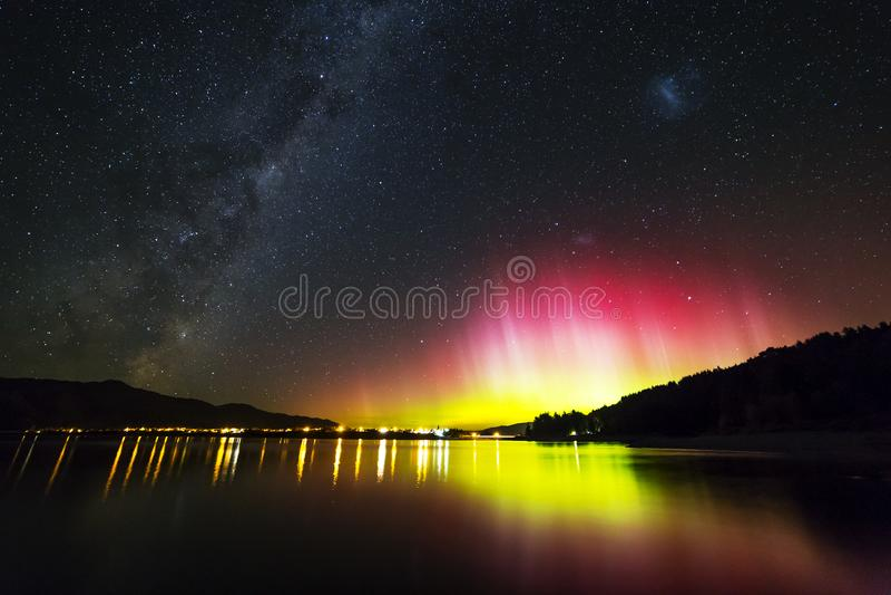 Aurora Over Lake Hawea Free Public Domain Cc0 Image