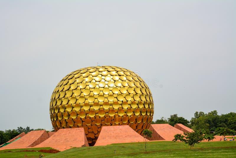 Auroville,Puducherry - 2017年9月30日:'Mantrimandir'在Auroville,Puducherry 图库摄影
