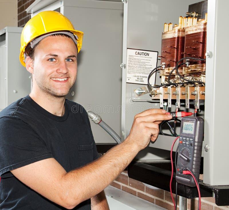 Ausbildung, zum Elektriker zu sein stockfoto