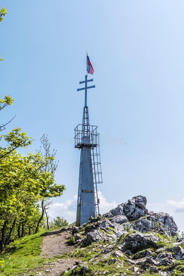 Ausblick in Hügel Vapenna - Rostun, wenige Karpaten, Slowakei lizenzfreies stockfoto
