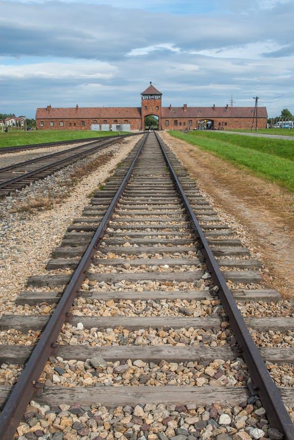 Auschwitz - línea ferroviaria Polonia de Birkenau imagen de archivo libre de regalías