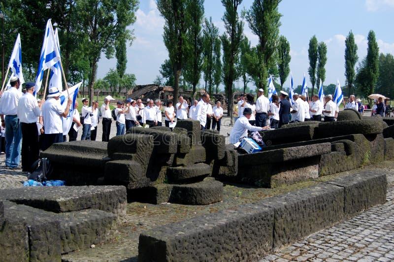 Auschwitz, Polen: De Dienst van het gebed royalty-vrije stock fotografie