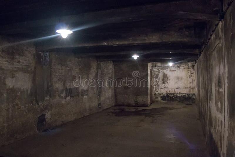 AUSCHWITZ, POLOGNE - JUILLET 2017 : Chambre à gaz dans le camp I d'Auschwitz image libre de droits