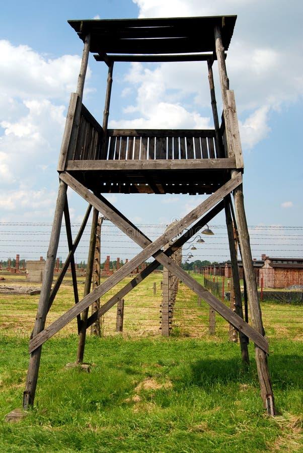 Auschwitz, Polonia: Atalaya del campo de concentración imagen de archivo libre de regalías