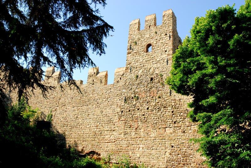 Ausdehnung von alten Stadtmauern in Monselice-Stadt in der Provinz von Padua im Venetien (Italien) lizenzfreie stockbilder