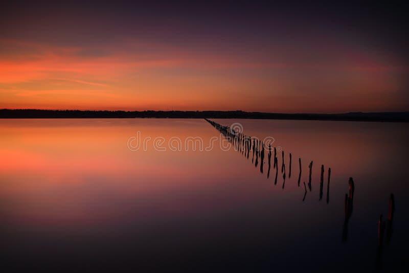 Ausführlich zu zeitlosem bei Sonnenuntergang stockfotos