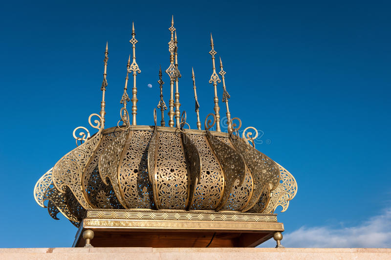 Ausflughassan-goldene Dekorationen Rabat Marokko stockbilder