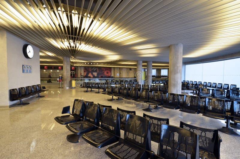 Ausgang auf Flughafen stockbild