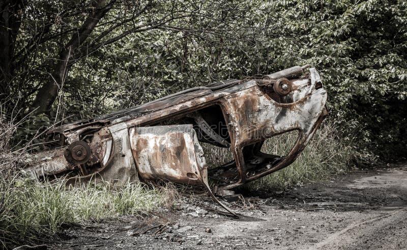 Ausgebranntes Auto in Birmingham lizenzfreies stockbild