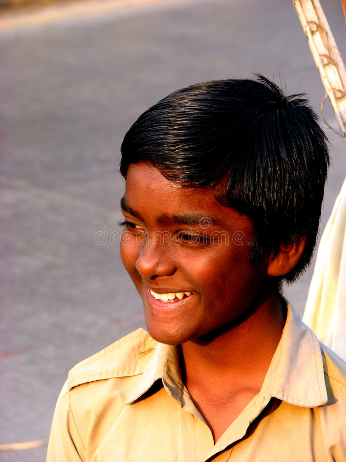 Ausgedehntes Lächeln lizenzfreies stockbild