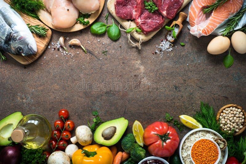 Ausgewogene Diät Biologisches Lebensmittel für gesunde Nahrung stockbilder