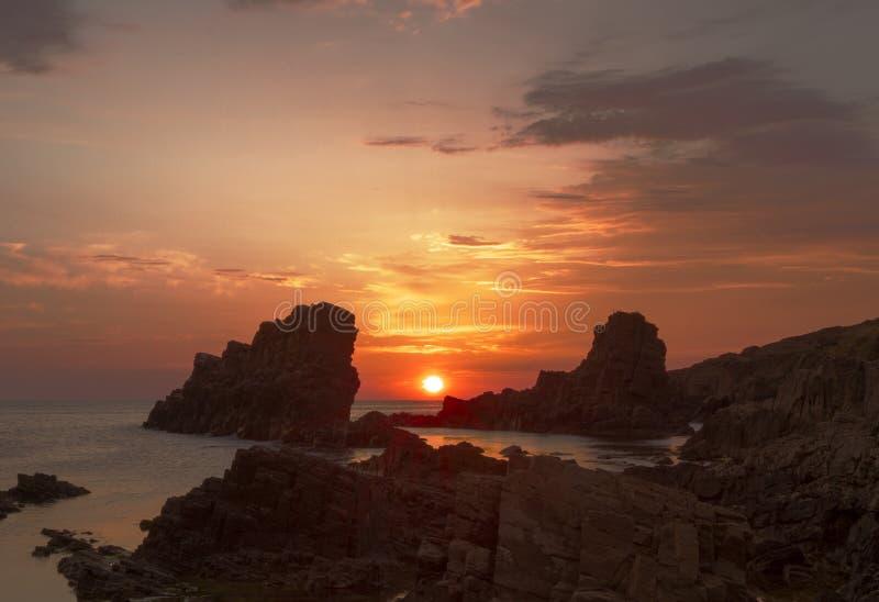 Ausgezeichneter Sonnenaufgang Sinemorets, Bulgarien - Bild lizenzfreies stockbild