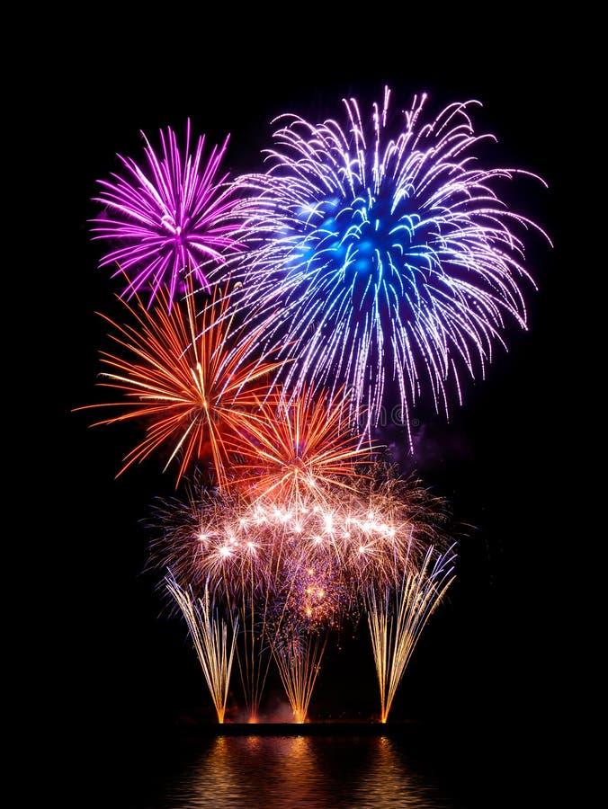 Ausgezeichnetes Feuerwerk lizenzfreie stockfotos