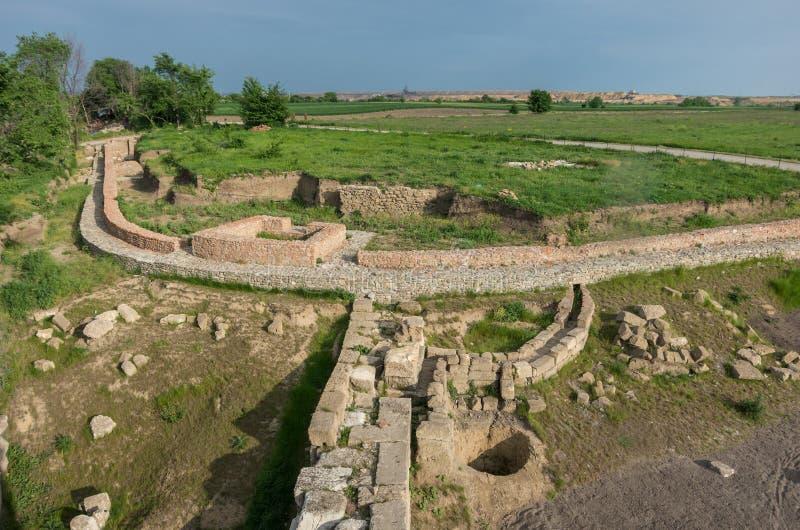 Aushöhlung von Wand ` s Ruinen einer römischen Stadt Viminacium Archeolog lizenzfreies stockbild