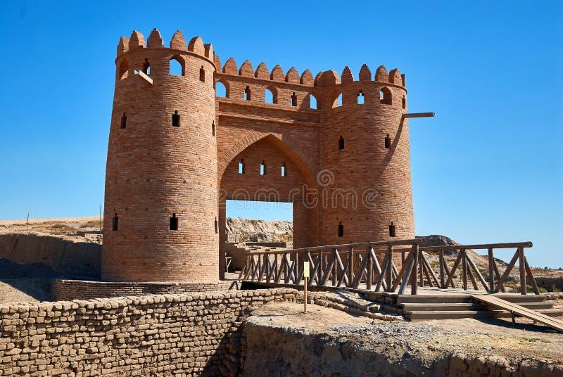 Aushöhlungen der alten Stadt von Otrar, Turkestan, Kasachstan lizenzfreie stockfotografie