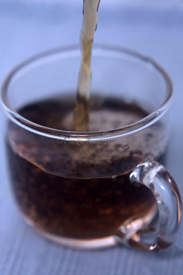 Download Auslaufender Kaffee stockbild. Bild von leben, noch, clear - 41511