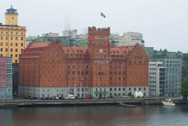 Auslese-Marina Tower-Hotel am nebeligen düsteren Nachmittag Stockholm, Schweden lizenzfreies stockfoto