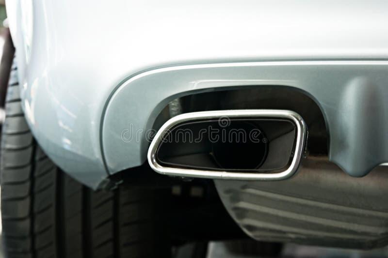 Auspuff-Rohr lizenzfreie stockfotografie