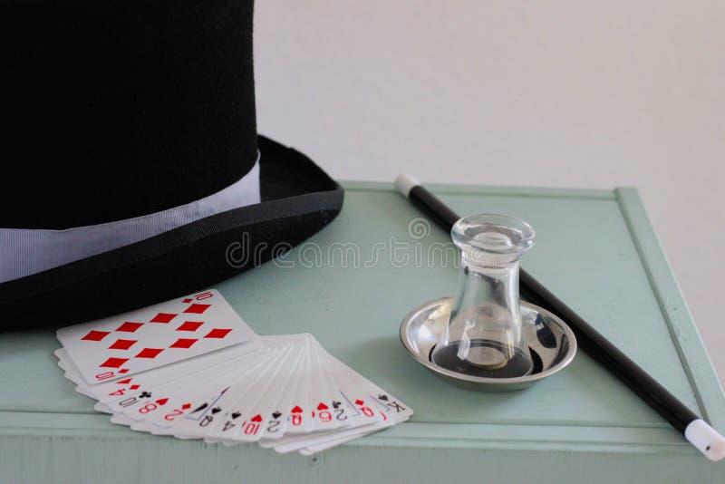 Ausrüstung eines Magiers für Bühnenshow stockfoto