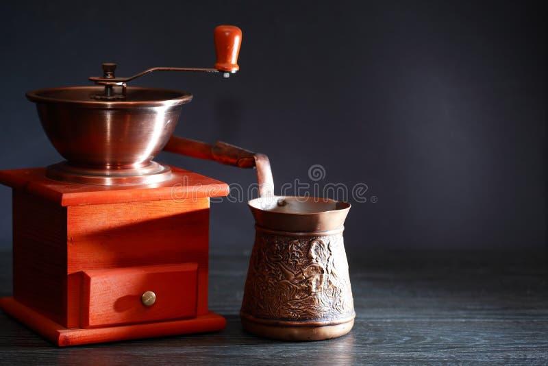 Ausrüstung für Kaffee stockbild