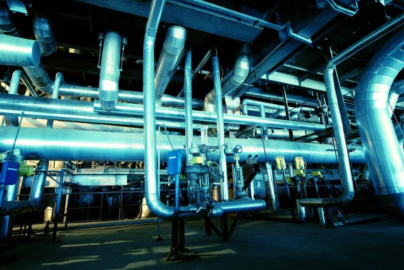 Ausrüstung, Seilzüge und Rohrleitung lizenzfreies stockfoto