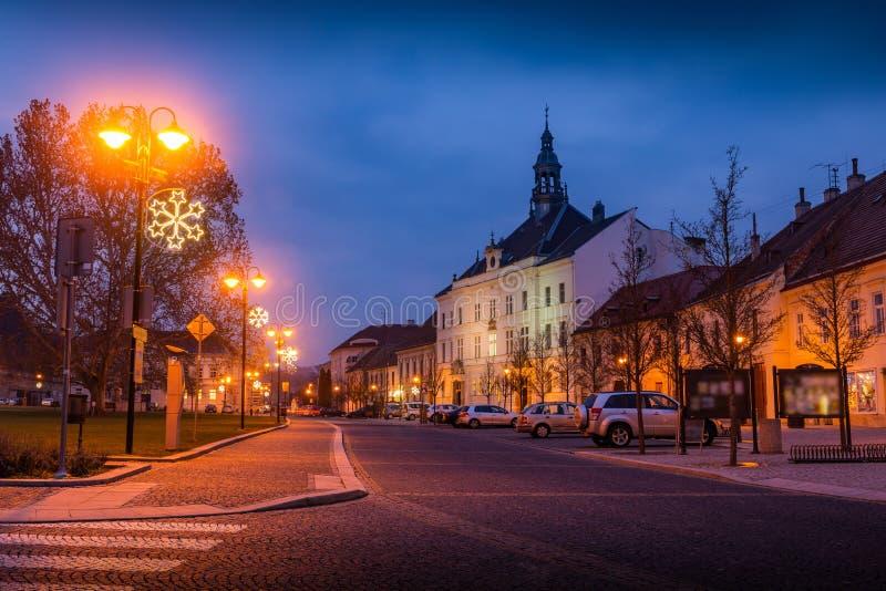 Aussicht auf das Rathaus von Valtice Region Südmähren, Tschechische Republik, Europa lizenzfreies stockbild