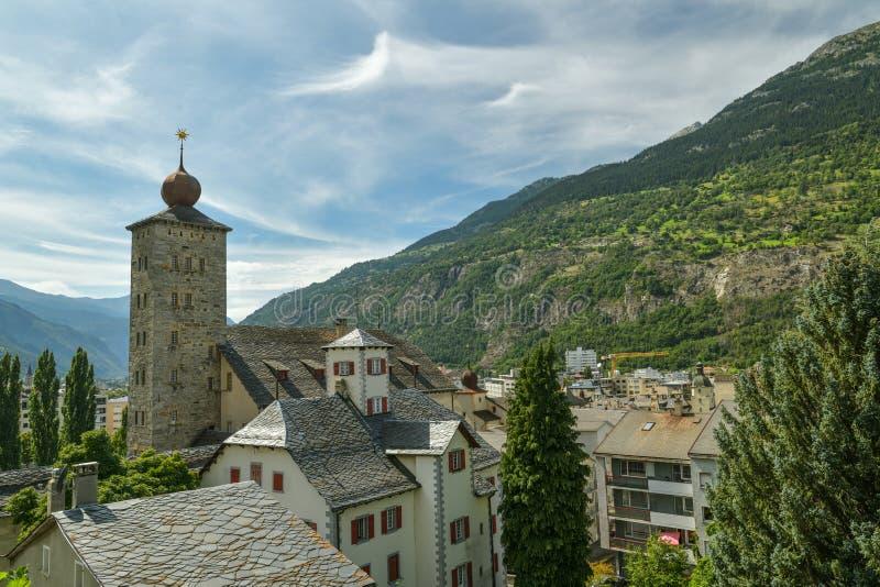 Aussicht auf die Stadt Brig im Kanton Wallis, Schweiz stockbild