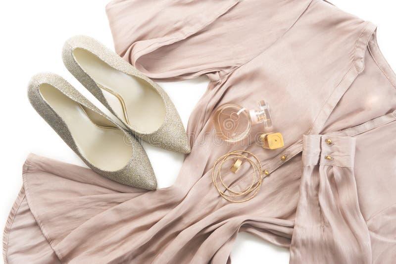 Ausstattung der intelligenten Damenkleidungs stockfoto