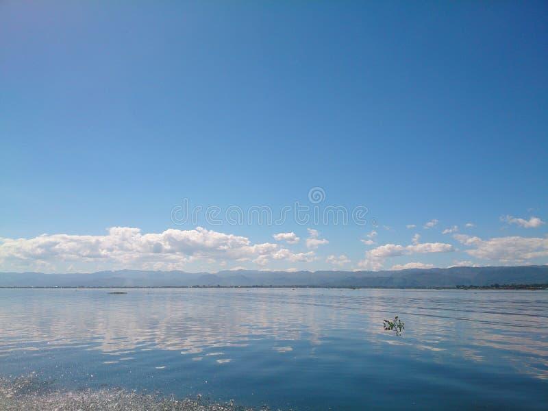 Austeria Nieatutowy jezioro fotografia royalty free