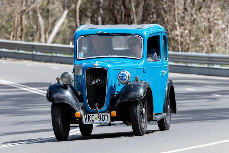 Austin 1937 7 Ruby Saloon stockfoto