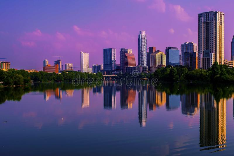 Austin Sunrise Reflections Skyline Cityscape fotografie stock libere da diritti